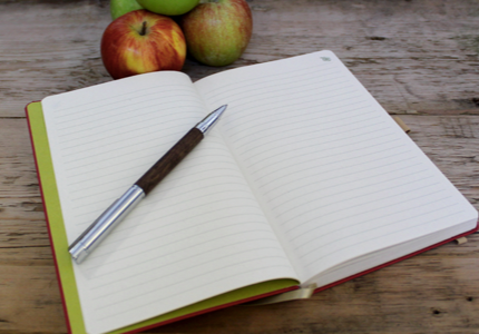 APPLE NOTE BOOK